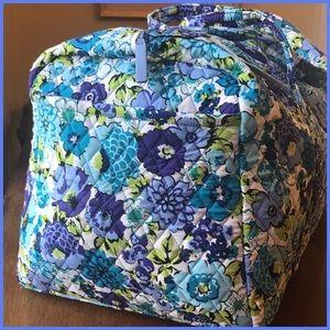 869fad2811b4 Vera Bradley Bags - NWT Vera Bradley Large Duffle in Blueberry Blooms